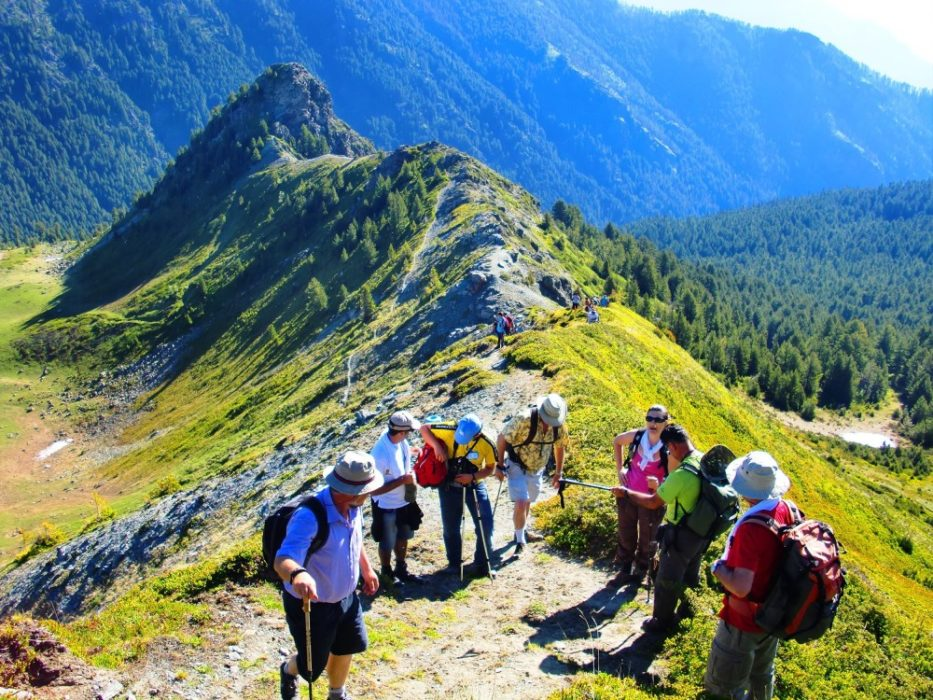 9 Ways to Meet Other Backpackers