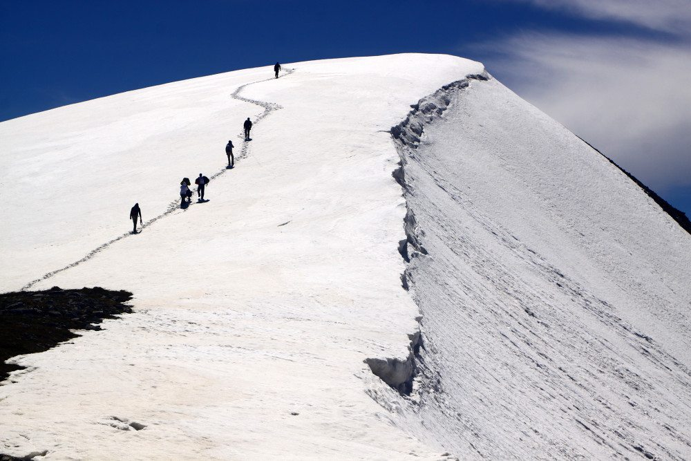 The 7 Do's and Don'ts of Winter Hiking