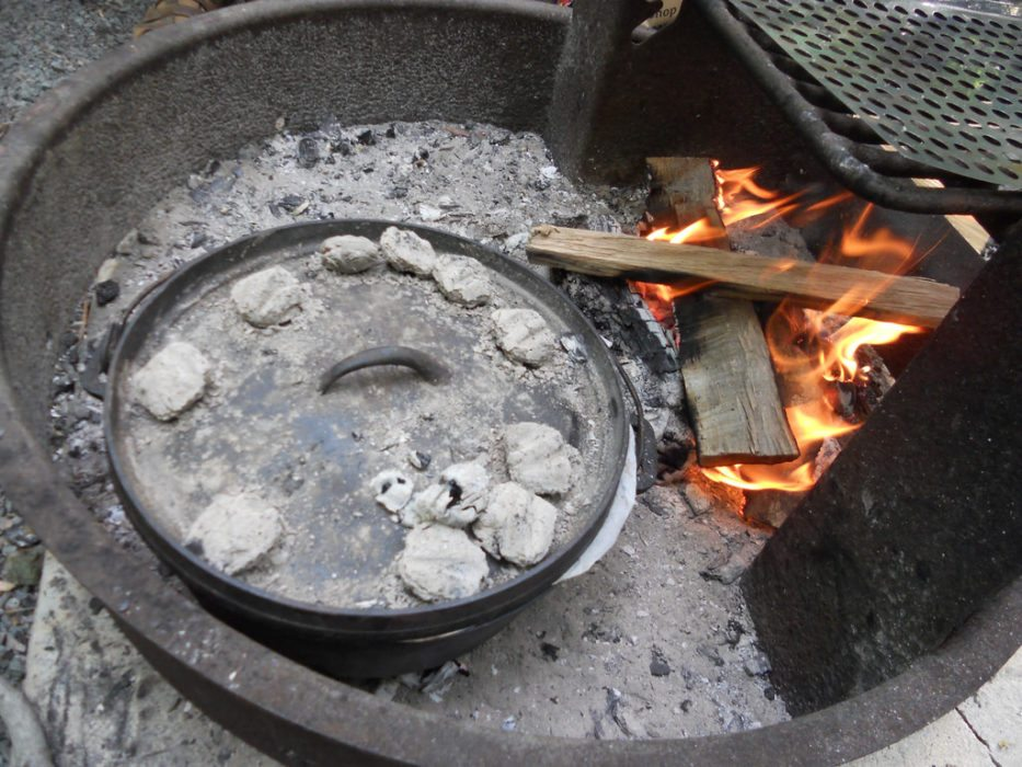 Delicious Dutch Oven Recipes for the Outdoors