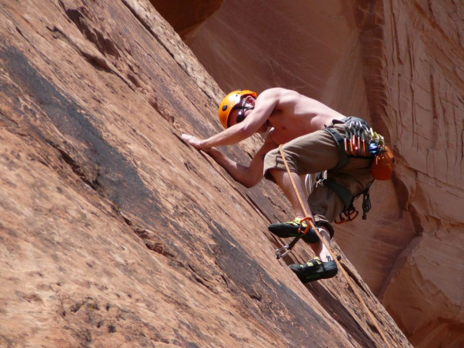 9 Easy Steps to Rock Climbing