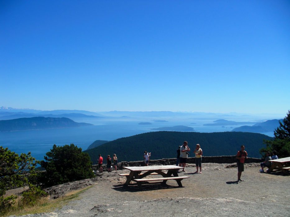 10 Reasons to Hike the San Juan Islands This Summer