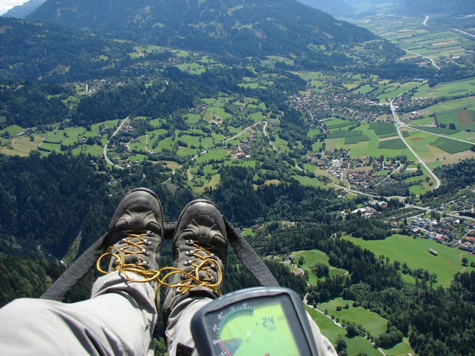 8 Myths About Technology Use in the Backcountry