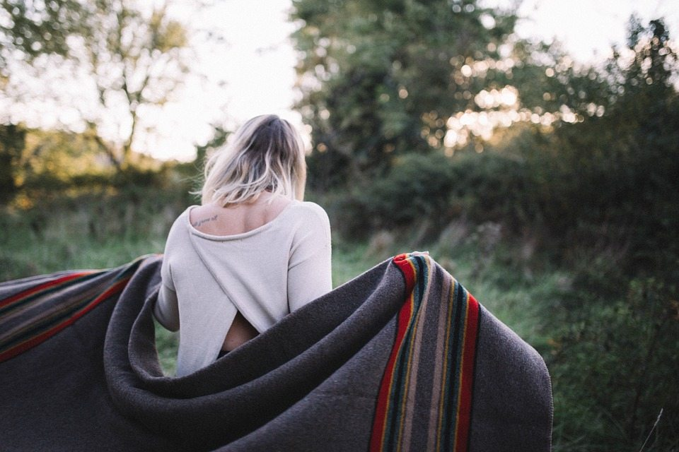 The 6 Best Blankets for Camping in the Backcountry