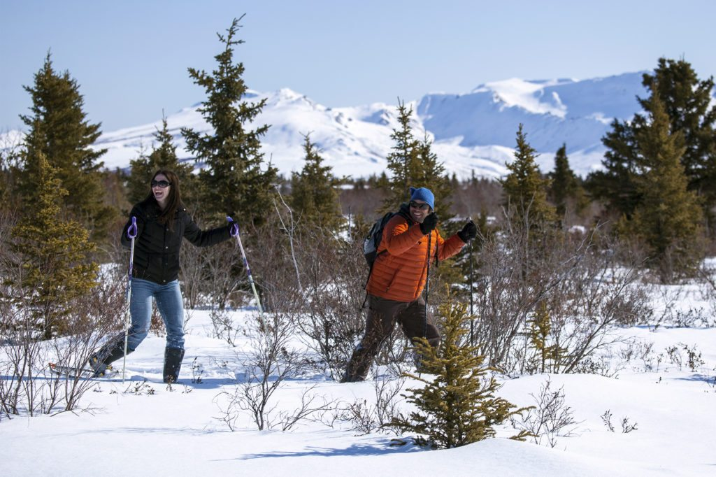 5 Must Have Snowshoeing Accessories for the Backcountry