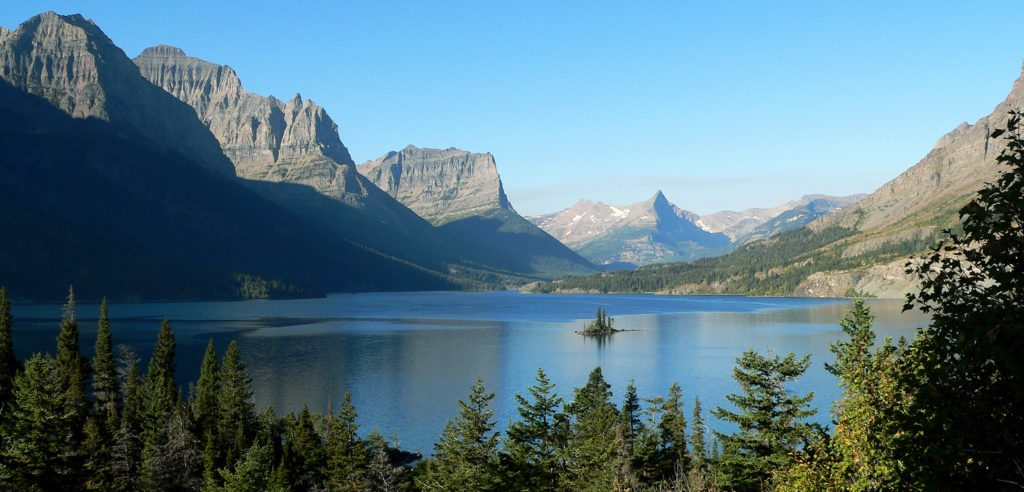 Here's Why You Want to Hike Montana This Year